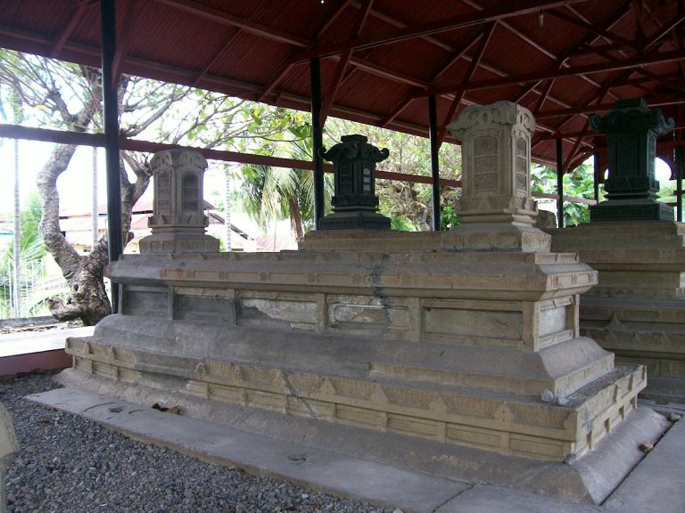 Tomb of the Kings of Aceh